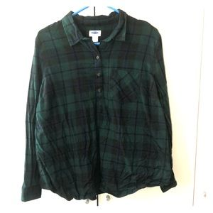 Old Navy Plaid Maternity blouse